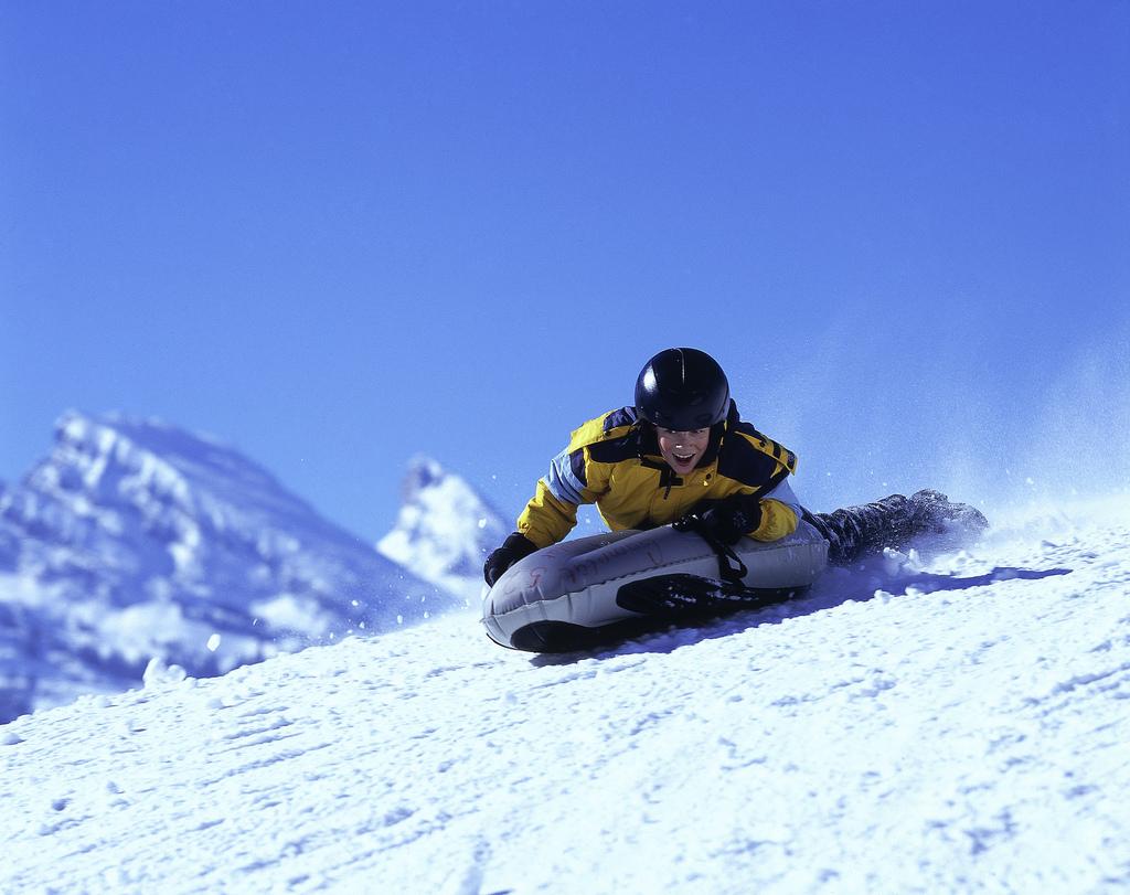 この冬注目&オススメのスノースポーツ【エアボード】