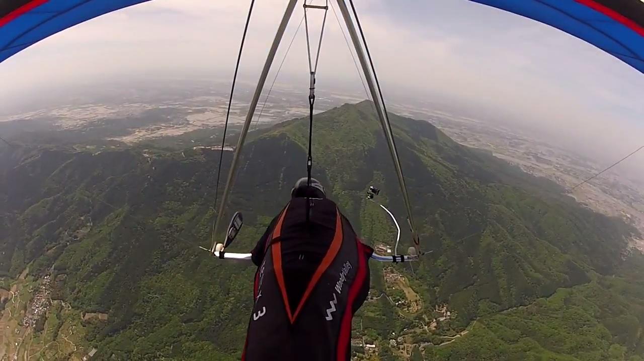 """空を飛ぶ趣味""""ハンググライダー""""の一日の流れを見てみよう"""