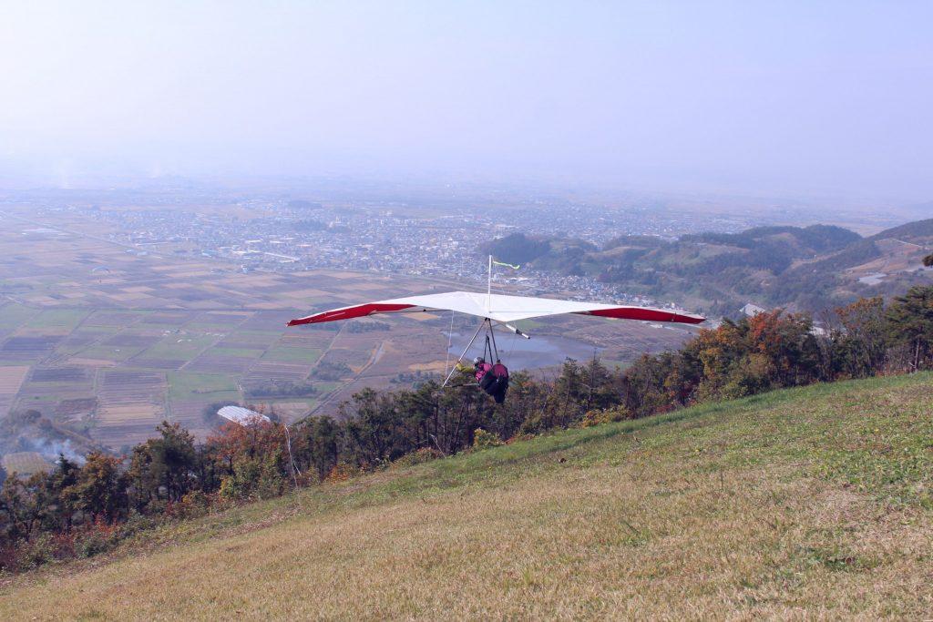 ハンググライダーの魅力 初飛び